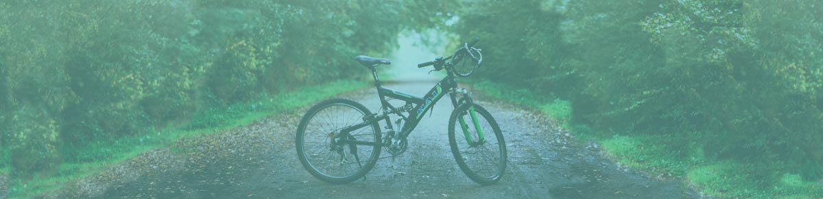 Does wearing a helmet while cycling protect against brain injury?